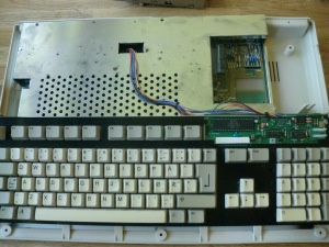 My Amiga 500 before the start of the make-over (photo by Old School Game Blog)