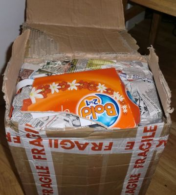 Excellent packaging secured the safe arrival of the new Amiga family member (photo by Old School Game Blog)