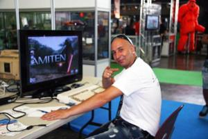 The founder of Amiten Software in action (taken from http://translate.google.com/translate?langpair=es|en&u=http://amiten.webatu.com/news.php?)