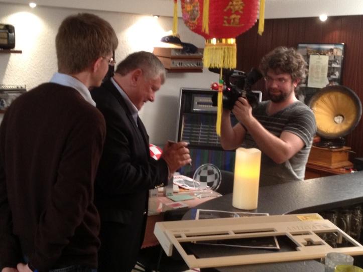 Zach Weddington filming Petro and Patric Kloter (photo taken from http://vivaamigafilm.blogspot.de/2012/04/viva-amiga-in-europe.html)