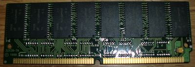 128MB EDO 60NS 72-PIN SIMM (photo by Old School Game Blog)